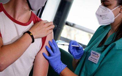 Αύξηση θανάτων εφήβων αγοριών στο Ηνωμένο Βασίλειο μετά το εμβόλιο COVID-19, σύμφωνα με στοιχεία της Εθνικής Στατιστικής Υπηρεσίας